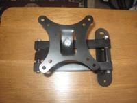 articulating wall mount for tvs and monitors up to