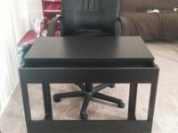 Computer Table in Excellent Condition along with Swivel