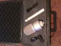 I am selling my MXL condenser mic set. I recently