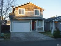 Beautifully updated 3 Bed/2.5 Bath detached condo in