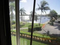 One Bedroom, open layout Condo located in Naples, on