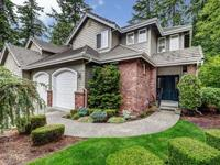 Highly sought-after main floor master/end unit in The