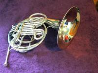 Conn 8D Double French Horn Excellent working condition.