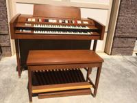 I bought this organ at an estate sale a couple of years