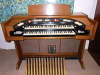 Conn 643 Theater organ with the Original Conn Bench,