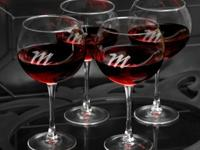 Connoisseur Red Wine Set Availability: Usually ships in