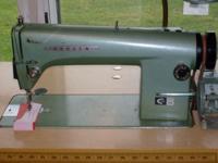 High Speed Industrial Sewing Machine works great sews