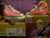Converse baby girl size 3 call at  Location: Peoria