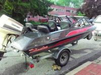 Very sharp exotic fiberglass speed boat for skiing!!!