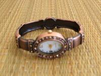 NEW BANGLE WATCH WITH CRYSTALS. KINDLY READ: I DO NOT