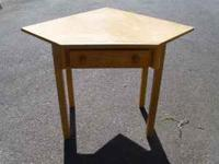 This is a very once corner desk. Great for a youth to