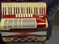 Coronet Accordion Made In Italy  Up for sale is a