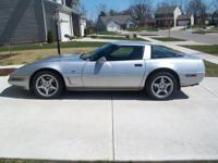 1996 collector edition corvette. Low miles,, garage