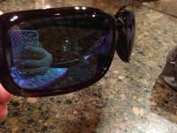 I am selling my Costa del mar Isabela sunglasses. The