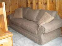 nice couch in good condition  Location: Prattvile, AL