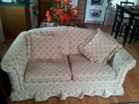 For sale matching Sofa and love seat, in great