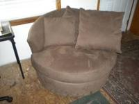nice chair, brown swade, very soft, very new looking,