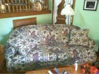 Couch and matching loveseat, in great condition, non