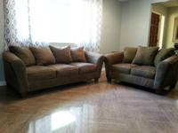This is an AWESOME couch set....so nice and new. Has