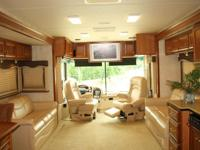 2005 COUNTRY COUCH INSPIRE 330 SERIES  3