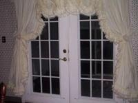 NEW CUSTOM MADE COUNTRY RFUFFLED CURTAINS And VALANCES.