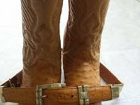 Right here are some cowboy boots that are like