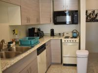 2 Bedroom apartment less than 2 blocks from Pier 60