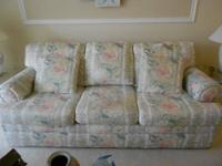 CRAFTMASTER FURNITURE CORPORATION SOFA MADE IN
