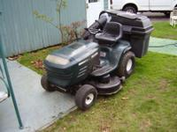 For parts or repair - 42 inch mower deck - needs a