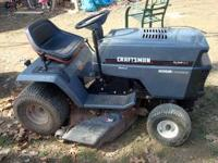 Craftsman LT-4000 garden tractor. Has front mounting
