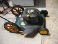 a craftsman pushmower wth a briggs and stratton motor