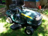 Craftsman Riding Lawnmower Lawn Tractor 1000. In