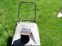 Craftsman Snowblower 3/21 runs great asking $100.00 or