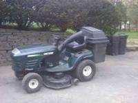 Craftsman Tractor LT1000 in good condition with two