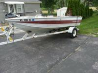 Crestliner Fish & Ski it excellent condition. -125 HP