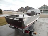 14'Crestliner w/trailer has eagle fish finder,evenrude