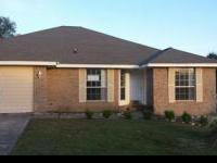 Good brick 4 bed room, 2 bath home in Crestview. Home