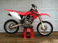 Offering my wifes 2008 CRF150RB Big Wheel. Really well