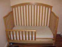 Very nice Babi Italia crib that can be converted into a