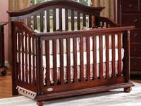Cocoon series 1000 Crib (turns into full size bed)