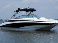 2013 Crownline E6 27 feet, open deck, 90 hours, engine