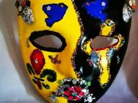 Beautifully created Crypt Sugar Mask. Splendid hues,