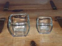 "Set of 2 square crystal bowls, larger 4""x4"", smaller"