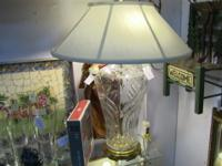 Beautiful lamp with transparent glass base. Measures