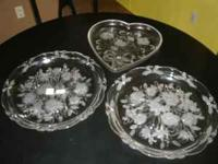 "3 crystal serving platters. two round 14"" and a heart"