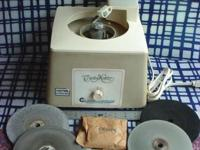 Here is a older CrystalMaster horizontal grinding
