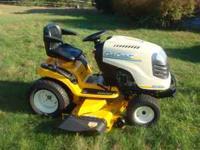 Cub Cadet Hydrostatic Garden Tractor. Model GT1554 27H