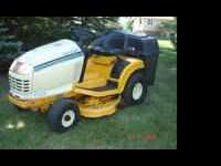 Cub Cadet 2150 AGS Riding Mower w/Bagger Attachment For