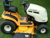 CUB CADET LT1050 LOW HOURS...ONLY 12.5 TOTAL ON IT VERY
