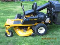 CUB CADET ZERO TURN RIDING MOWER WITH BAGGING SYSTEM